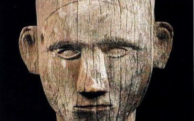 000169 Sulawesi, Toraja, human head